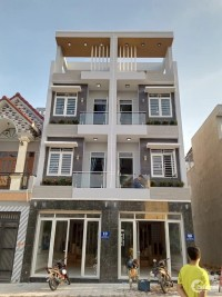 Cần bán nhà kiểu châu Âu 1 trệt 3 lầu tại KDC cao cấp Phú Hồng Thịnh 6 với 3tỷ5
