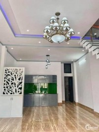 chủ nhà cần bán gấp căn nhà ở ngã ba Giồng, xã Xuân Thới Sơn, Hóc Môn