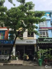 Bán nhanh nhà phố khu Hưng Gia 2, Phú Mỹ Hưng sổ hồng cầm tay TP HCM