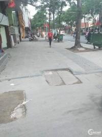 Bán nhà phố Thái Hà, Đống Đa: 100m, MT:10m. 18 tỷ. LH: 0944828386