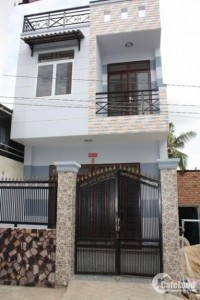 bán nhà 1T1L, dtsd 30m2, nhà ngay chợ Cầu- Quang Trung