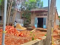 Cần bán gấp nhà và đất giáp TP. Long Khánh có 300m2 thổ cư.