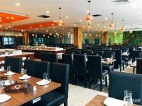 Cho thuê 250m2 làm nhà hàng, café mặt phố Duy Tân mặt tiền 35m.