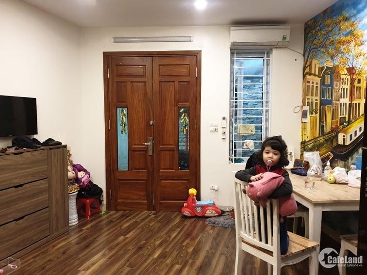Mặt phố Đồng Xuân giá 60 tỷ, 115m2, MT 3,5m, thang máy, Kinh doanh lớn