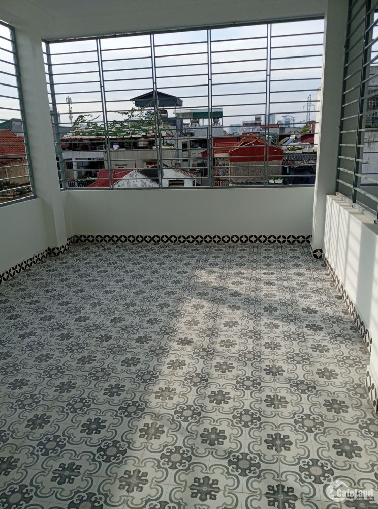 Nhà mới xây đẹp phố Hồng Mai,5 tầng,DT 30m