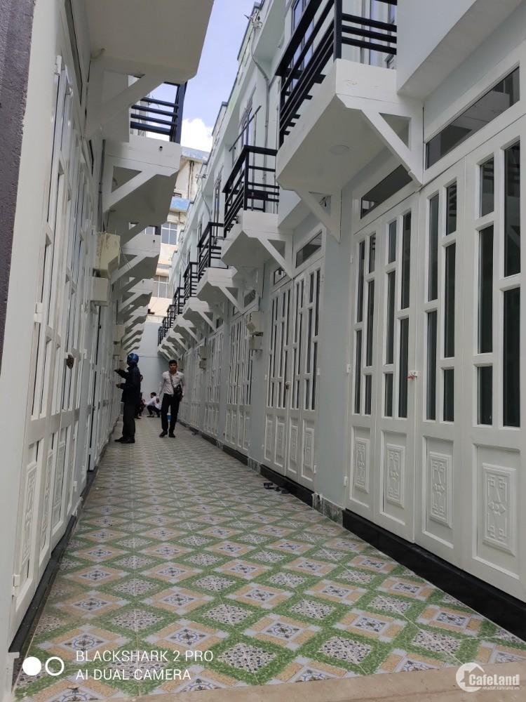Nhà mới toang Giá Rẻ 820Tr 30m2 Đông Hưng Thuận, Cầu Vượt Quang Trung.