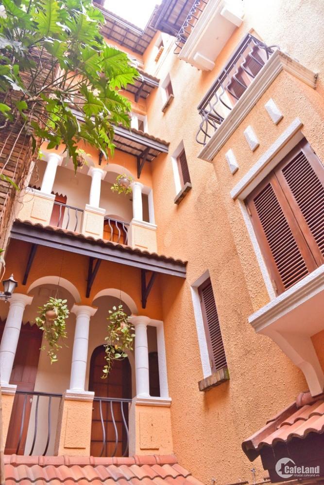 Cho thuê căn hộ dịch vụ full nội thất khu vực đường Cách Mạng Tháng 8 Phường 11