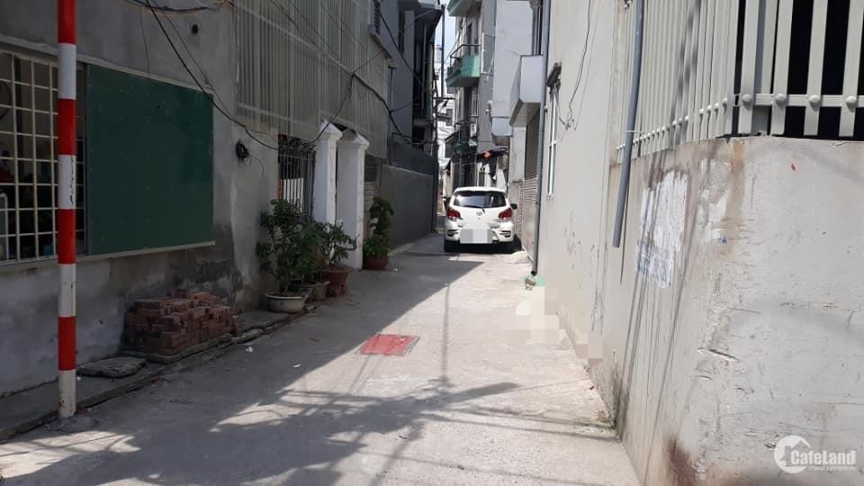 Đất thổ cư, phố Thanh Am - Thượng Thanh - Long Biên - ô tô đỗ cửa