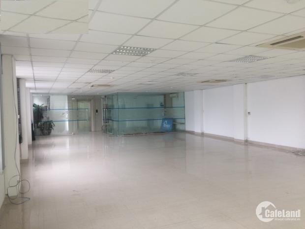 Cho thuê văn phòng phố Trần Phú, Ba Đình, dt 30m giá 9,5 tr/th, LH 0971830338