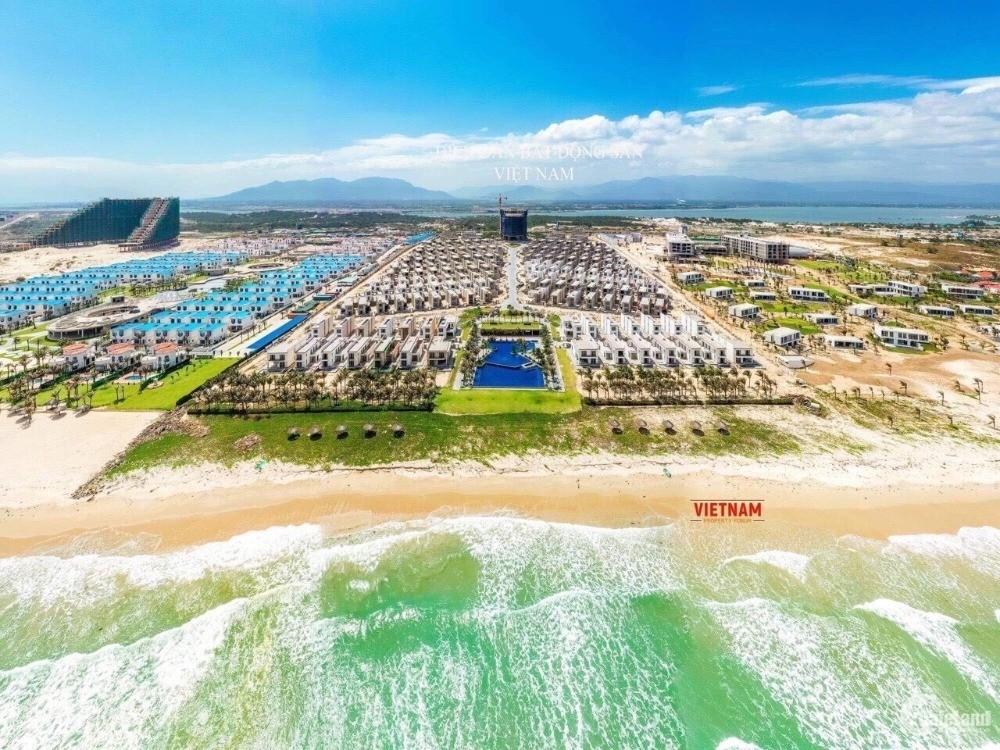Biệt thự bãi dài Cam Ranh,100% view biển, sổ hồng sở hữu lâu dài nhận nhà ở ngay