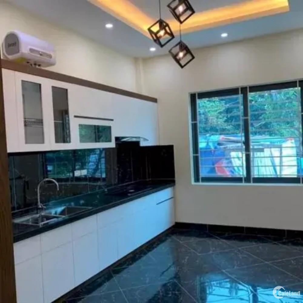 Bán nhà 5 tầng đường Trần Phú, P. Mỗ Lao, Hà Đông, ô tô đỗ cách 15m, giá 2.89 tỷ