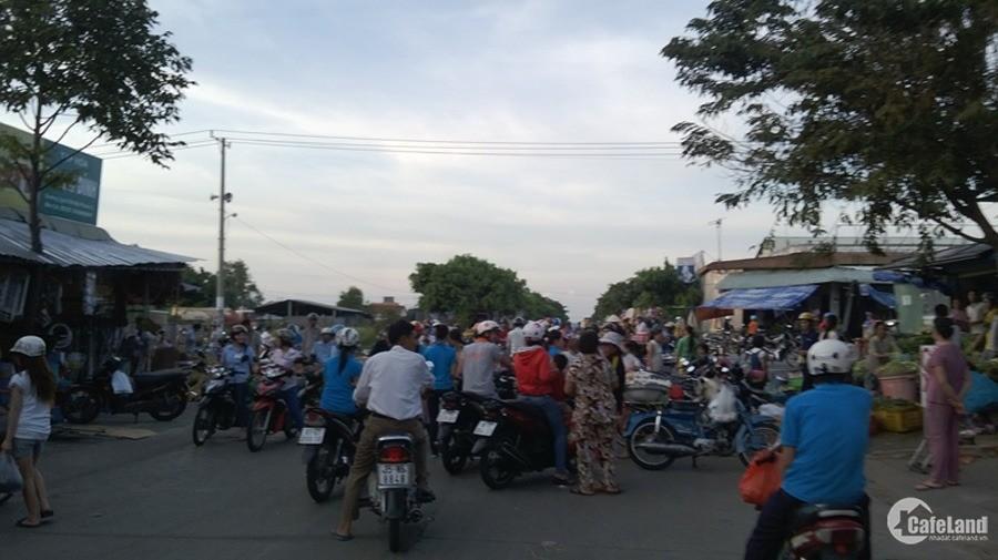Bán gấp lô đất mặt tiền đường Thanh Niên gần chợ Nhị Xuân