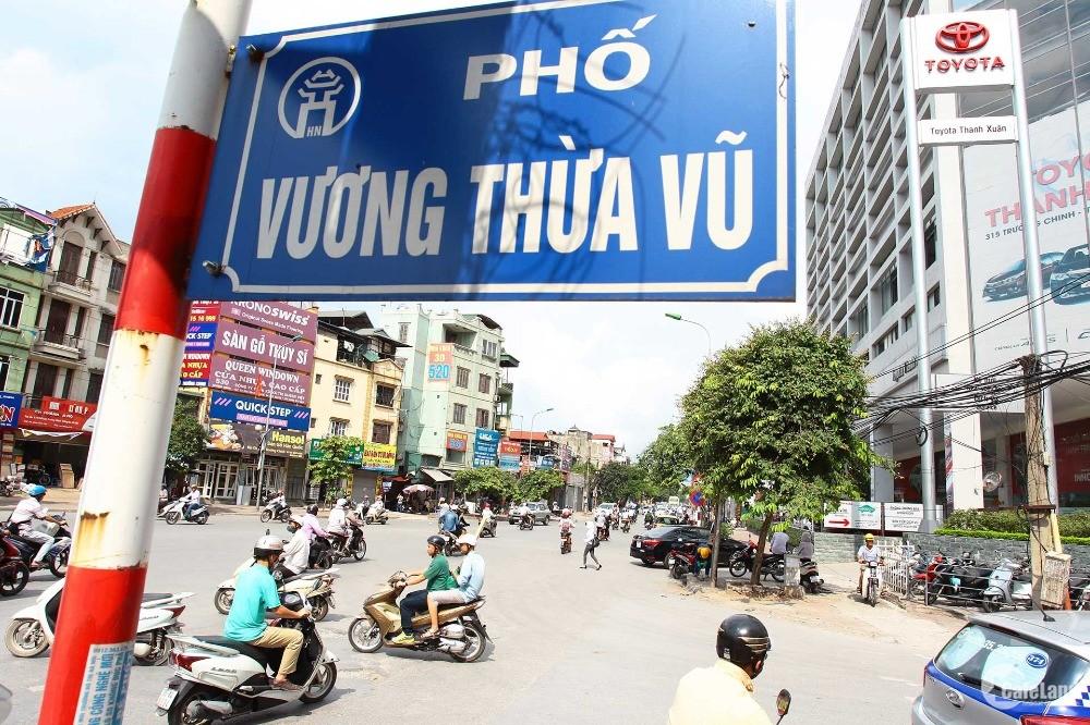 Cho thuê nhà nguyên căn 5 tầng Vương Thừa Vũ 40m2 giá chỉ 18 triệu/tháng