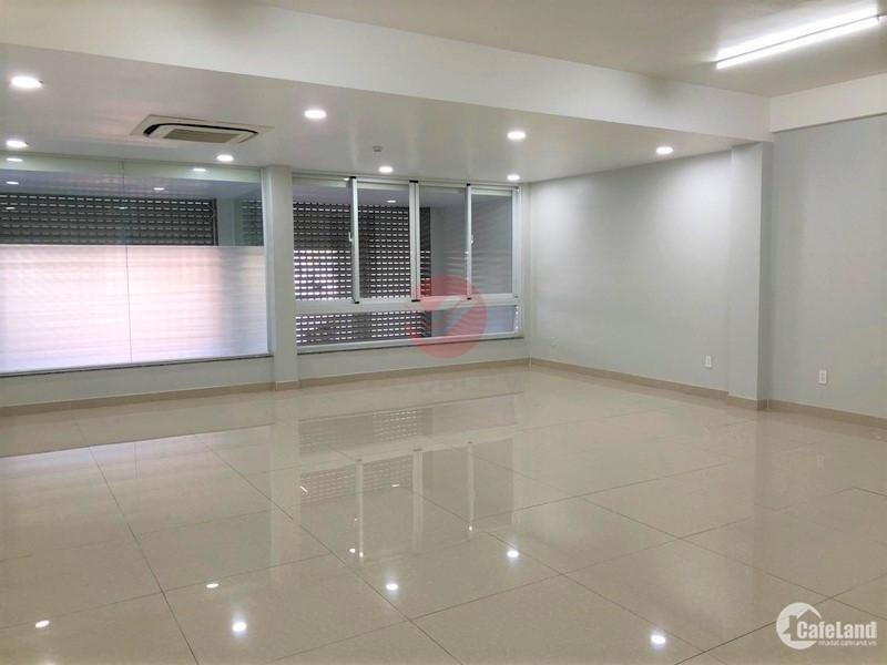 Văn phòng cho thuê quận 5 100m2 thiết kế chuẩn cao cấp giá rẻ view thoáng sáng