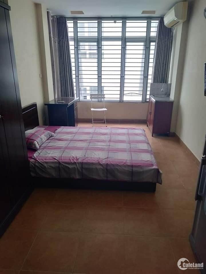 Bán nhà mặt phố Ngõ Hàng Hương- Ôtô tránh 59m2*2 tầng. Giá 14 Tỷ