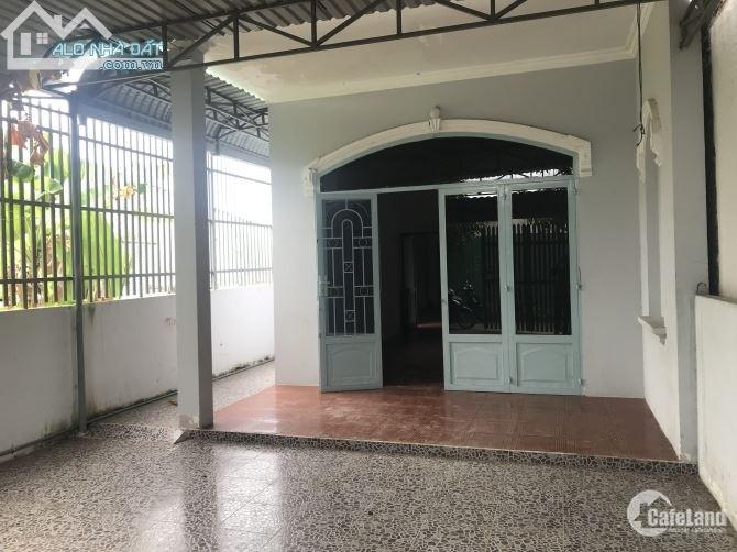 Bán gấp nhà cấp 4 (5,5x30=158m2) hai mặt tiền hẻm đường Đô Lương P11 Vũng Tàu