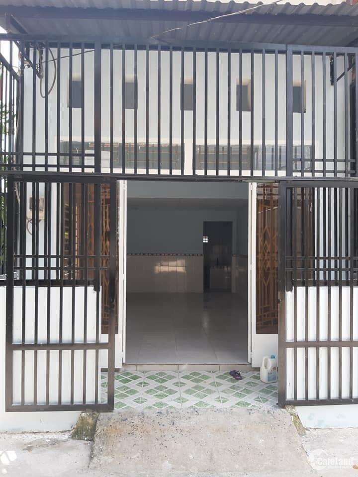 Nhà Bình Chánh chính chủ xác thực gác lửng giá 950tr TL shcc đảm bảo