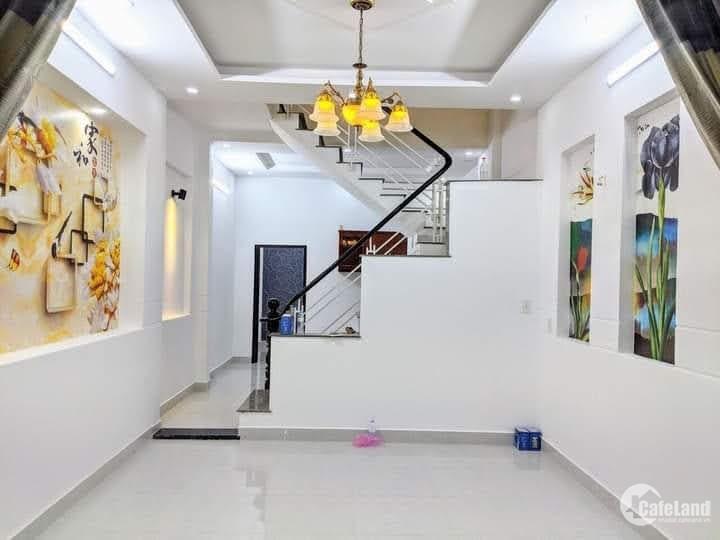 Bán gấp nhà sát Khu K300 Tân Bình,xe hơi vào nhà,4 Tầng,giá rẻ 9.2 tỷ