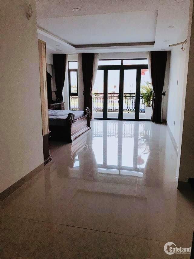 Cho thuê nhà mặt tiền Lê Hồng Phong