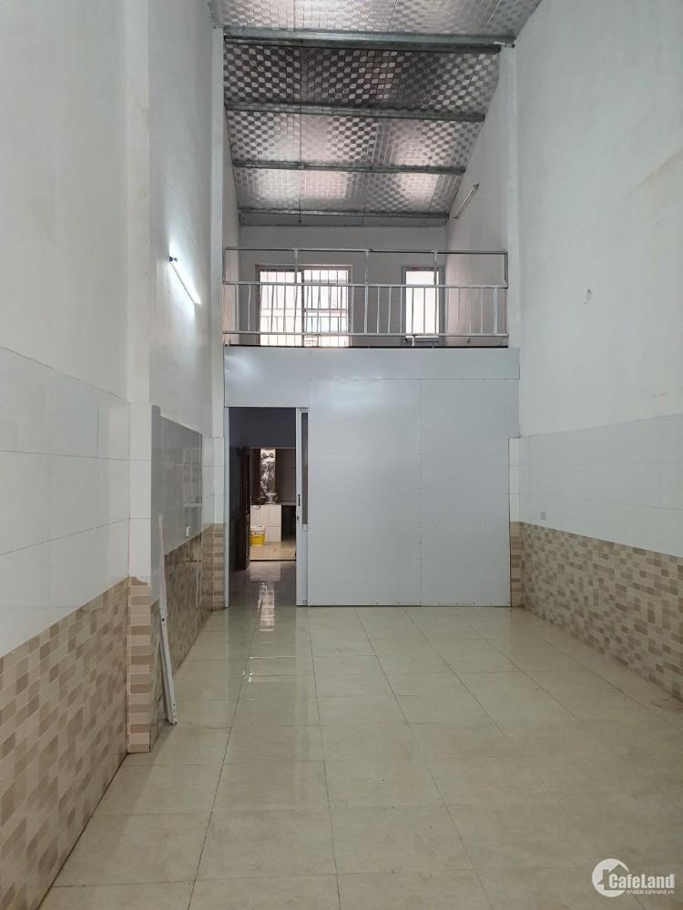 Cho thuê nhà Nguyễn Xiển, Thanh Xuân, 80m2, 3 ngủ, 5.6 triệu/tháng.