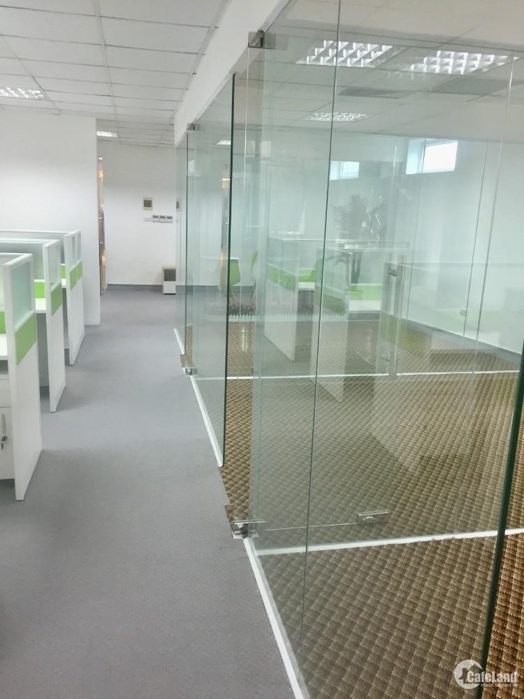 Cho thuê văn phòng 152 Phó Đức Chính - Cửa Bắc 125m2, 28 tr/th, phòng đã set-up