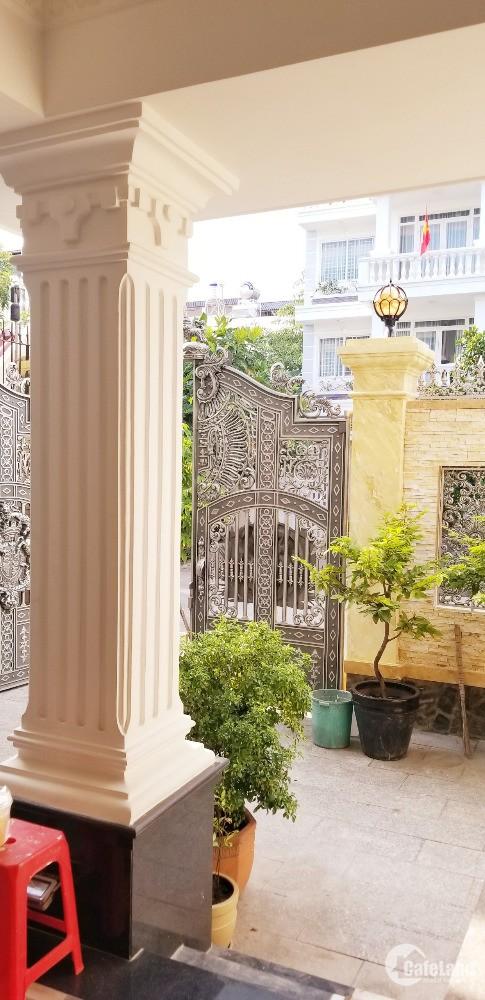 Chính chủ cần bán Biệt thự sân vườn KDC Savimex, phường Phú Thuận, Q7.