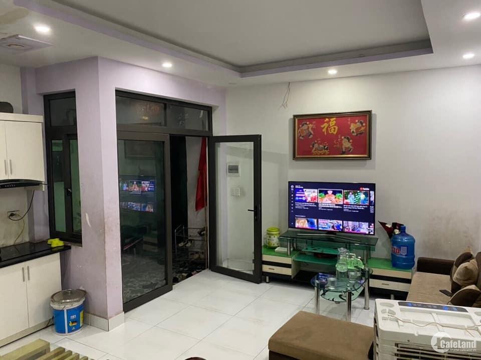 Bán nhà 2 tầng DT44m2, giá 1.5 tỷ tại làng Vàng Cổ Bi, Gia Lâm.LH 0983253436