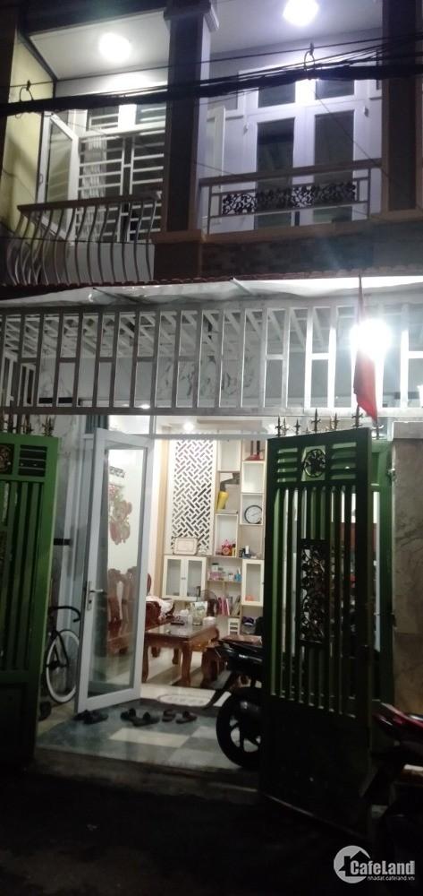 Nhà bán 2 lầu mặt tiền đường xe hơi thông 2 chiều, 83 Đào Tông Nguyên,TT Nhà Bè