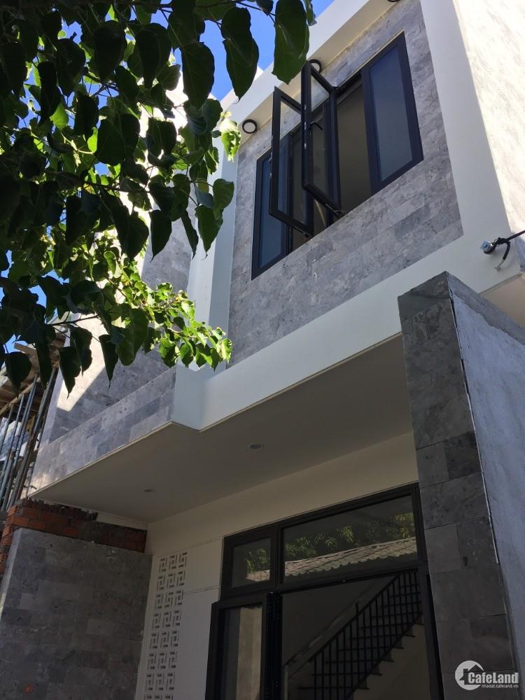 Bán nhà cấp 3 sắp hoàn thiện. Nhà mới 100%. Tai Hòa Minh- Đà Nẵng. Liên hệ