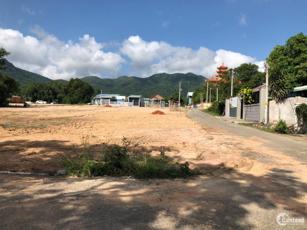 Bán đất nền KDC Châu Pha Center DT 100m2 full thổ cư giá rẻ.