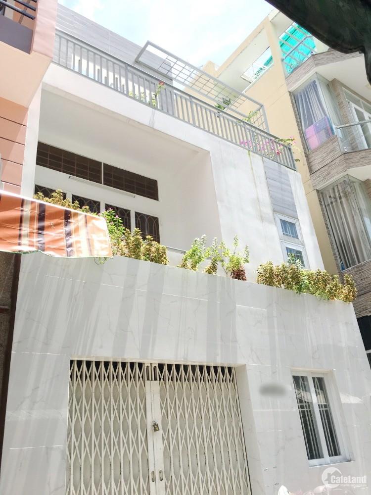 Nhà (6 x 8.4m) HXH 2 mặt hẻm đường Nguyễn Trãi P7 Q5