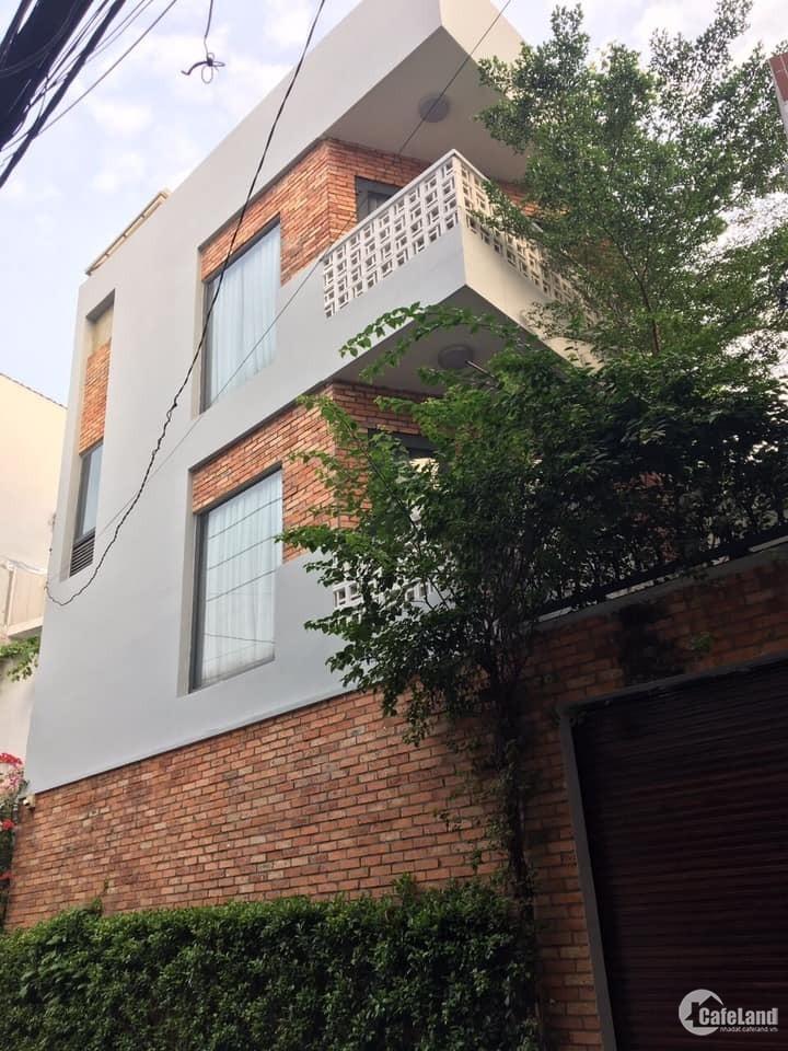 Có 7.7 tỷ phải mua biệt thự Phan Văn Trị này 82m2 (8x10.2),3 tầng, tặng nội thất