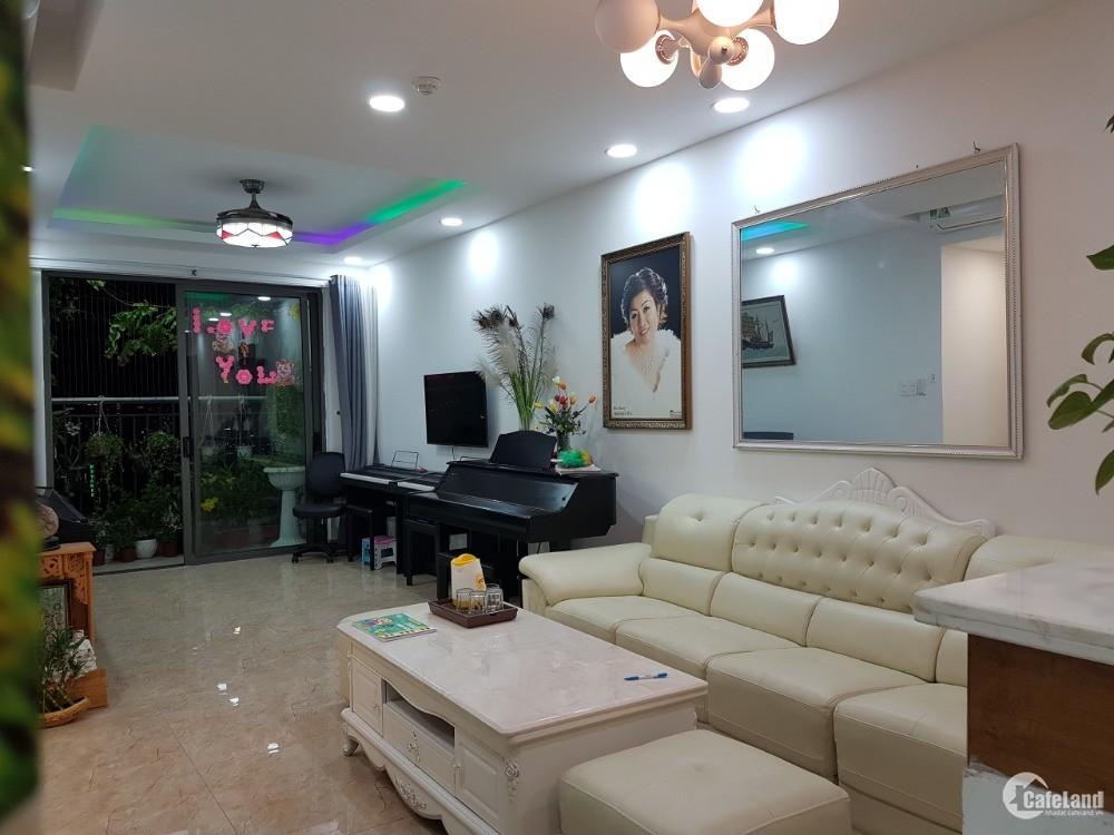 Cho Thuê Chung Cư Saigonres Vincom Plaza .DT: 72m2, 2 Phòng Ngủ. LH: 0773991118