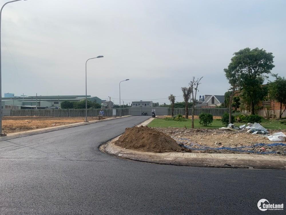 lô đất 80m2 ngay chợ đường nhựa 15M , sổ hồng chính chủ