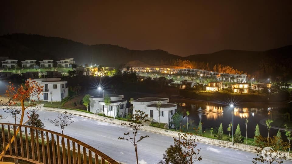 Siêu phẩm biệt thự nghỉ dưỡng Ivory Villas & Resort cách Hà Nội Chỉ 40 Km