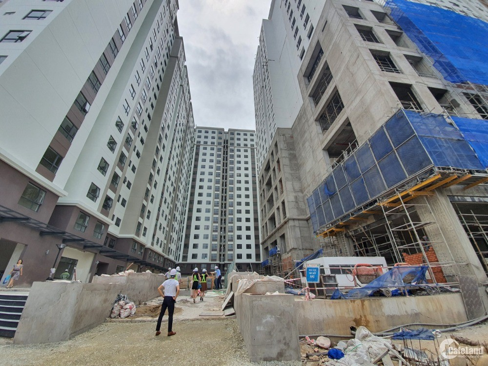 Cho thuê mặt bằng tại trung tâm thương mại Green River quận 8- Hồ Chí Minh.
