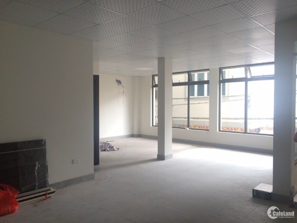 Cho thuê văn phòng kinh doanh 68m2 đường Cầu Diễn, vị trí trung tâm Bắc Từ Liêm