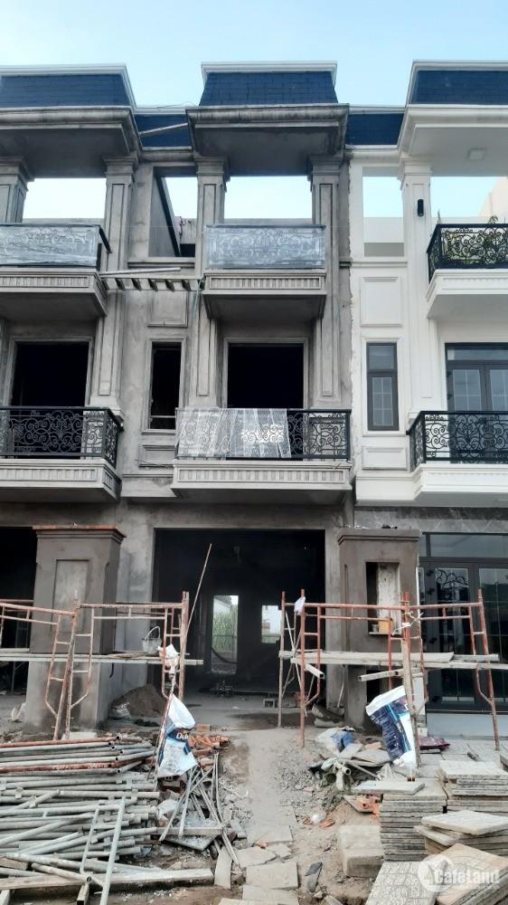 Bán nhà phố 2 lầu 190m2 sổ hồng hoàn công