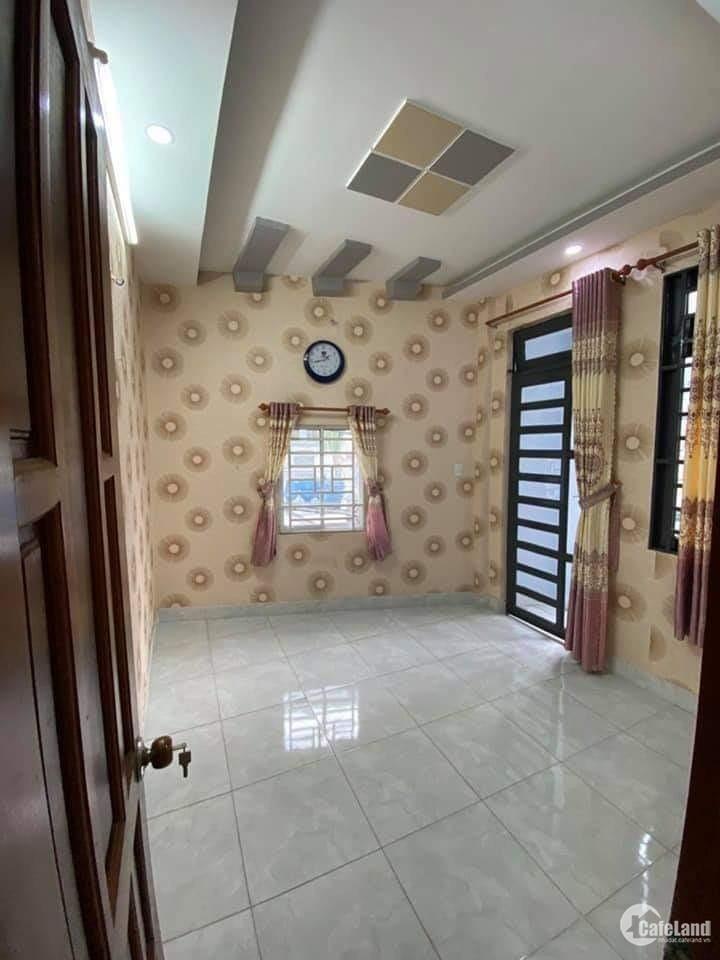 Bán nhà đường Tân Phước Phường 4 Quận 10, 3 tầng giá chỉ 2.8 tỉ