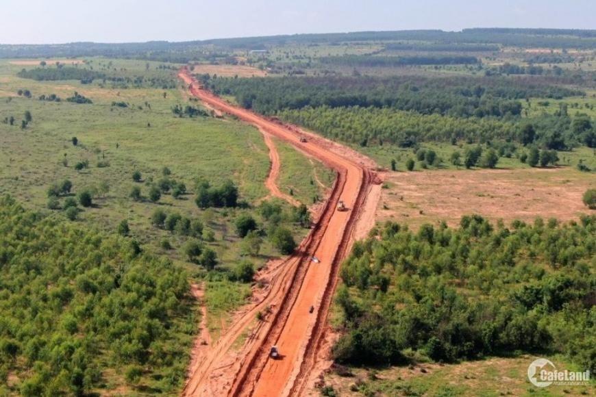 Bán lô đất nằm ngay xã Hòa Thắng cách biển 4km, gần khu du lịch Bàu Trắng.