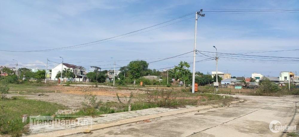 Bán đất mặt tiền, quốc lộ 1A có sổ đỏ hỗ trợ vay 50%.