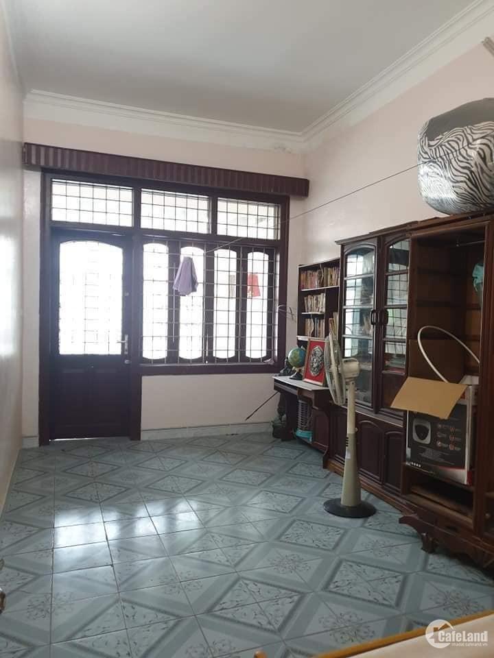 Bán nhà Nguyễn Văn Cừ, Long Biên, 75m2, 3tầng, giá chỉ 5.35 tỷ