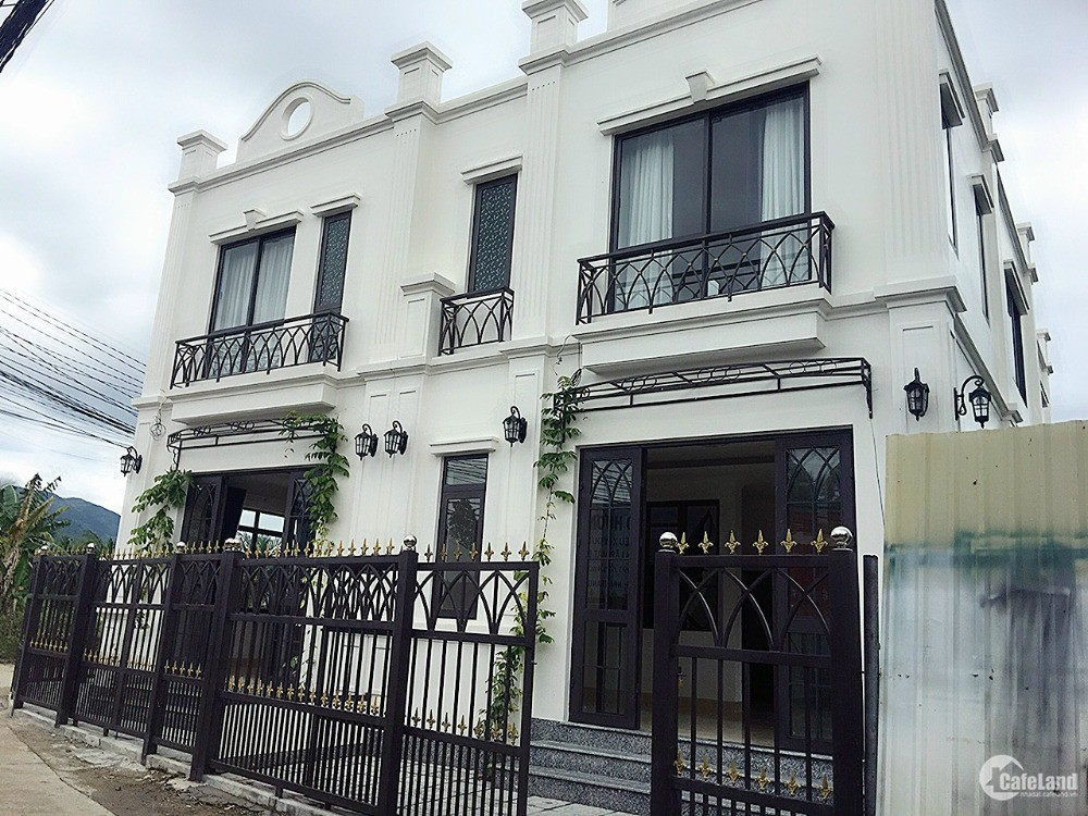 Nhà đẹp Vĩnh Trung - Nha Trang căn góc 70m2 đường ô tô rộng rãi