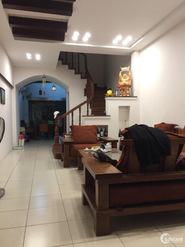 Nhà Lạc Trung, Hai Bà Trưng, DT 70m, 4 tầng, ngõ 3 gác cách ô tô 10m