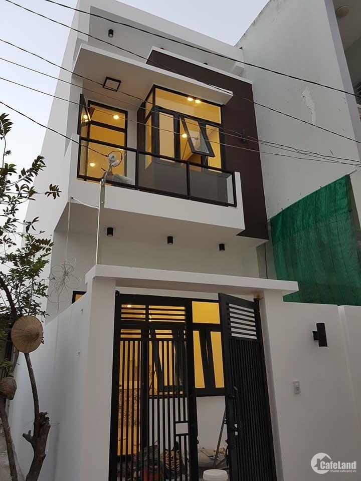Cần xoay vốn làm ăn nên bán gấp lại căn nhà giá rẻ Dt 50m2 giá thương lượng 700t