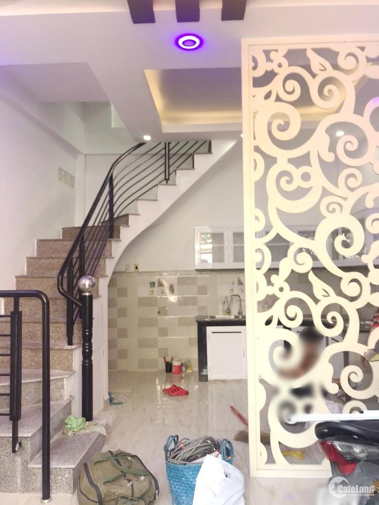 Nhà mới 2 lầu (4.6*6.5m/NH5.3m) căn góc hẻm Hưng Phú P9 Q8
