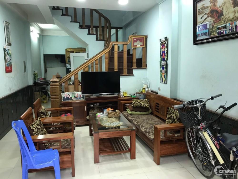 Chính chủ cần bán gấp nhà 4 tầng diện tích 45m2 đường Phú Minh , Bắc Từ Liêm, HN