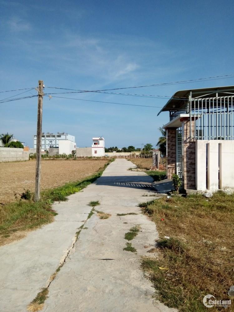 Bán đất : Khu phố 1, Đường Nguyễn Trải, Phường Bình Tân, Thị xã Lagi,  Tỉnh Bình