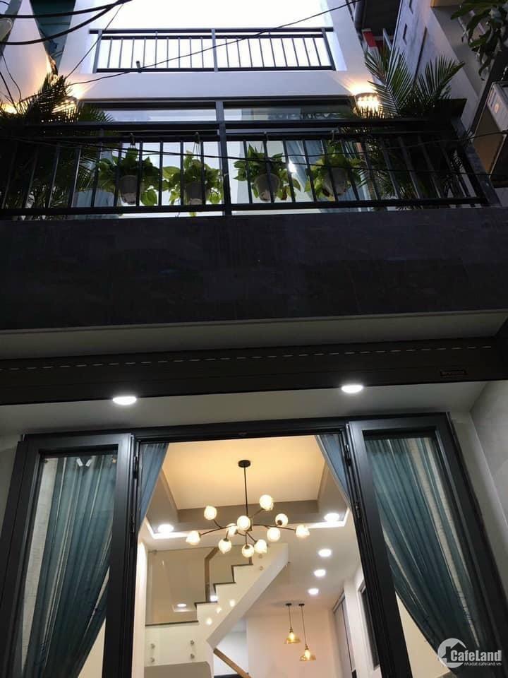 Cần bán gấp nhà đường D2, P25 Bình Thạnh, 80m2, 3 tầng, sổ hồng, 8,2 tỷ.