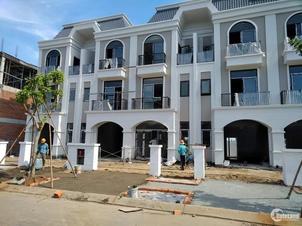 Bán nhà phố liền kề 1 trệt, 2 lầu Lavilla Green City